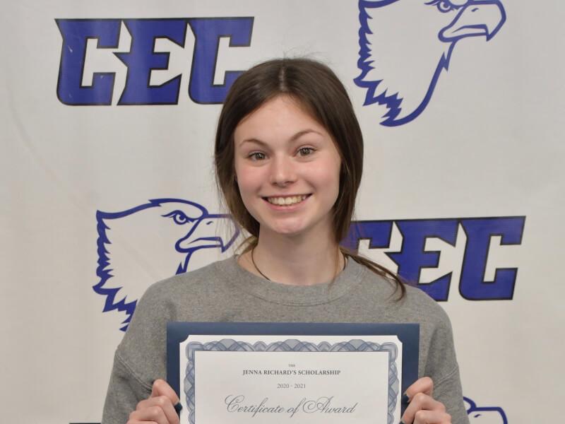 Madison Chapman '21 named recipient of the Jenna Richards Memorial Scholarship