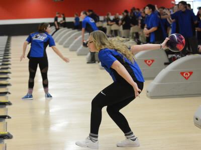 CEC Girls Bowling